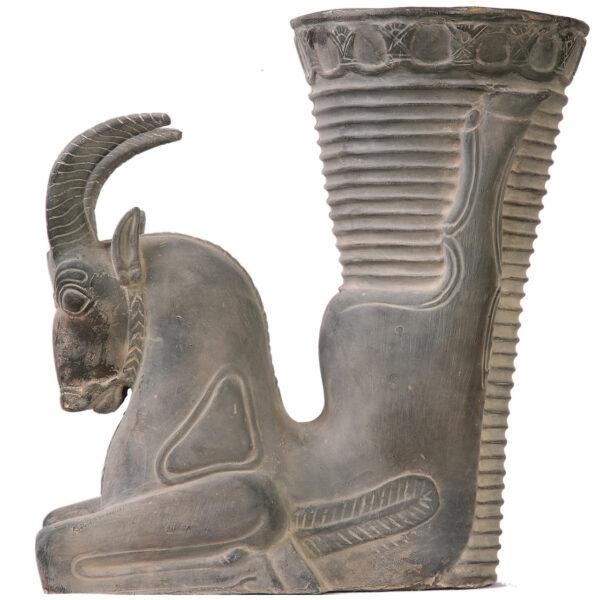 مجسمه تندیس و پیکره شهریار مدل ریتون عقاب کد MO1560 سایز بزرگ