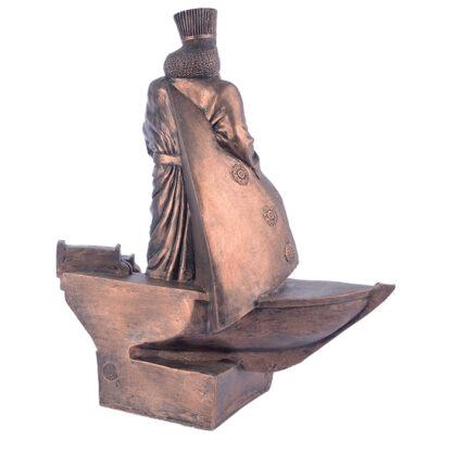 مجسمه داریوش بر کشتی