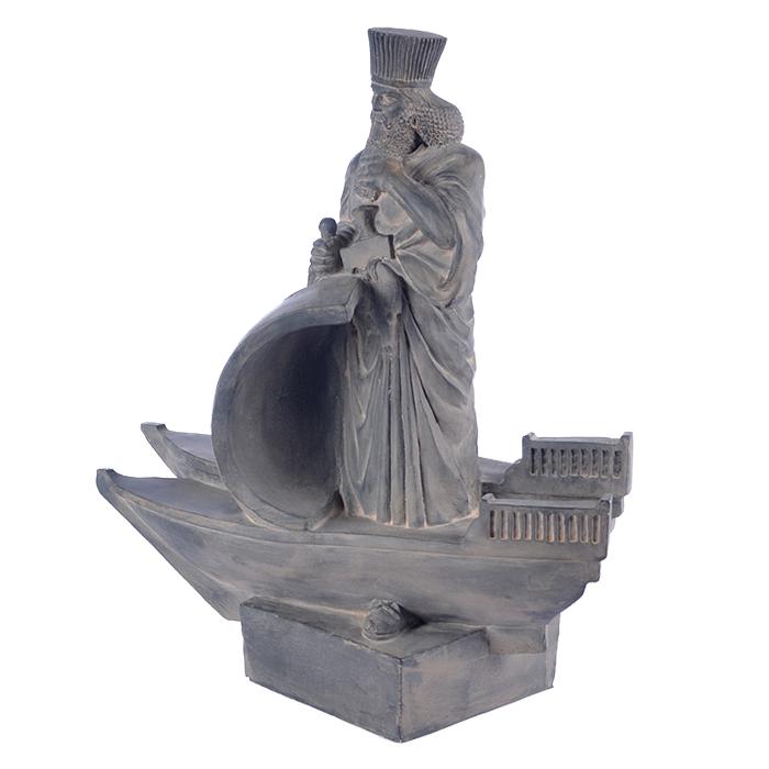 تندیس داریوش بر کشتی