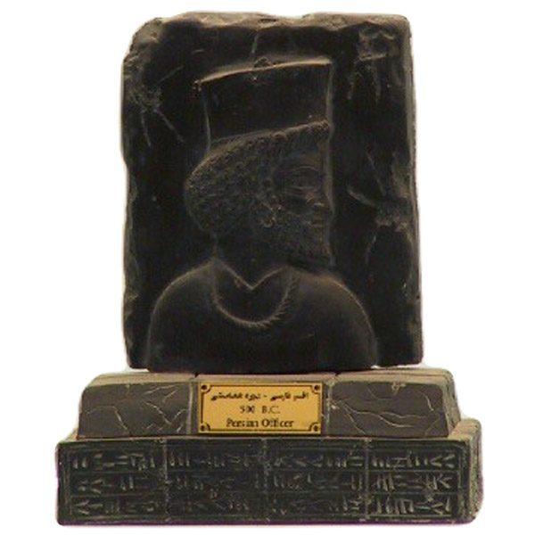 مجسمه تندیس و پیکره شهریار مدل افسر پارسی کد MO2550