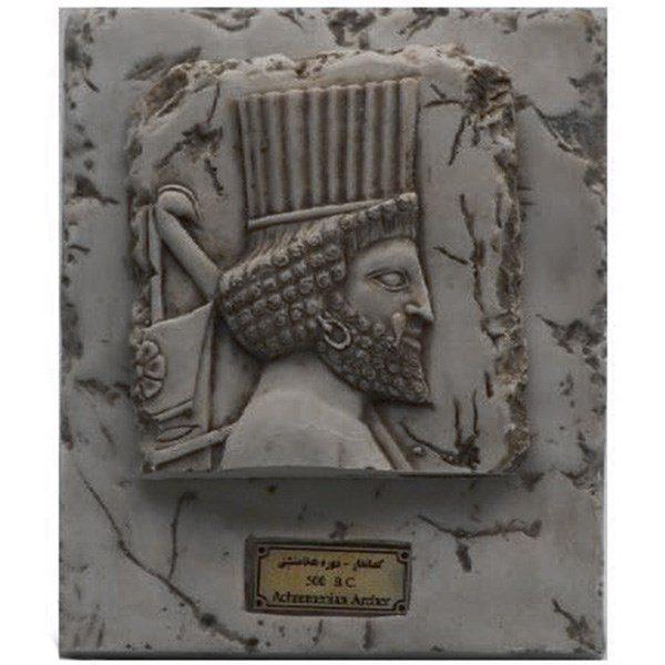 مجسمه تندیس و پیکره شهریار مدل تابلو سنگی هدیه آور لیدیایی حلقه کد MO2720