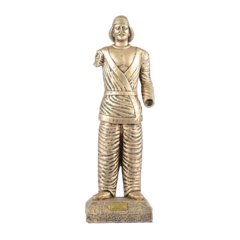 مجسمه تندیس و پیکره شهریار مدل شاهزاده اشکانی شمی کد MO1360